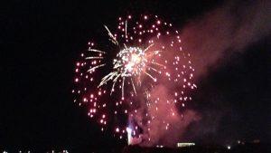 淡路市夏祭り花火大会をボートで海上から観覧